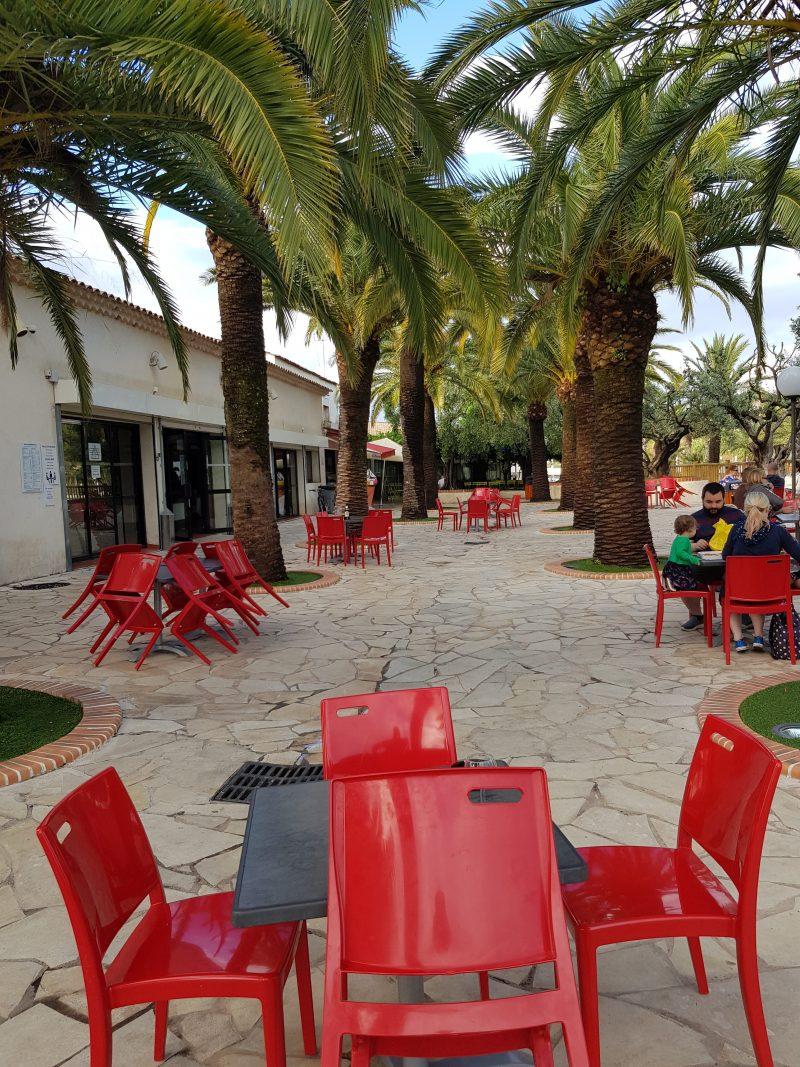 Camping La Baume in Fréjus (Côte d'Azur) te Zuid Frankrijk. Lees hier onze ervaring met deze leuke kindvriendelijke camping van Eurocamp.