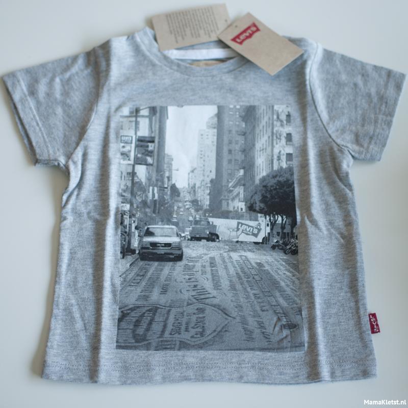 Levi's-shirtje