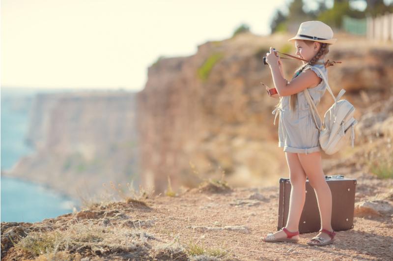 Ongewenst een foto online van je kind? In dit artikel leggen we je uit hoe het zit met portretrecht en auteursrecht over deze foto's.