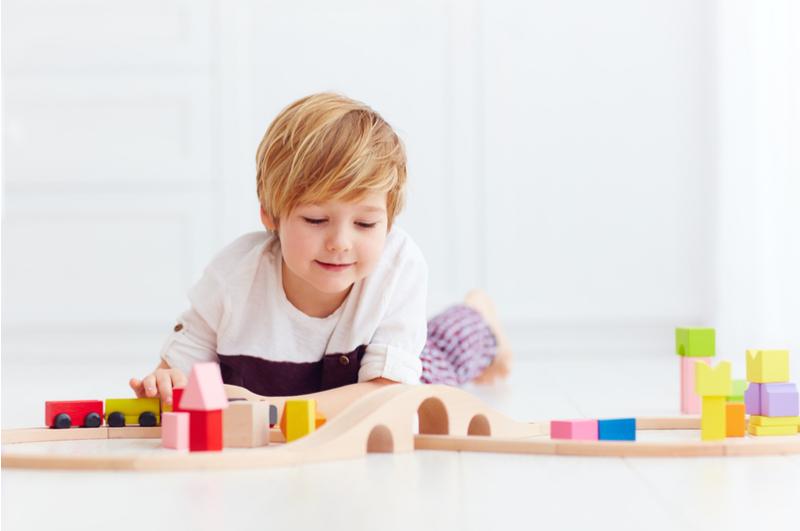 Wat is goed speelgoed nou eigenlijk? Stichting Speelgoed Nederland heeft een lijst opgesteld met daar in de 10 speelgoed-regels.