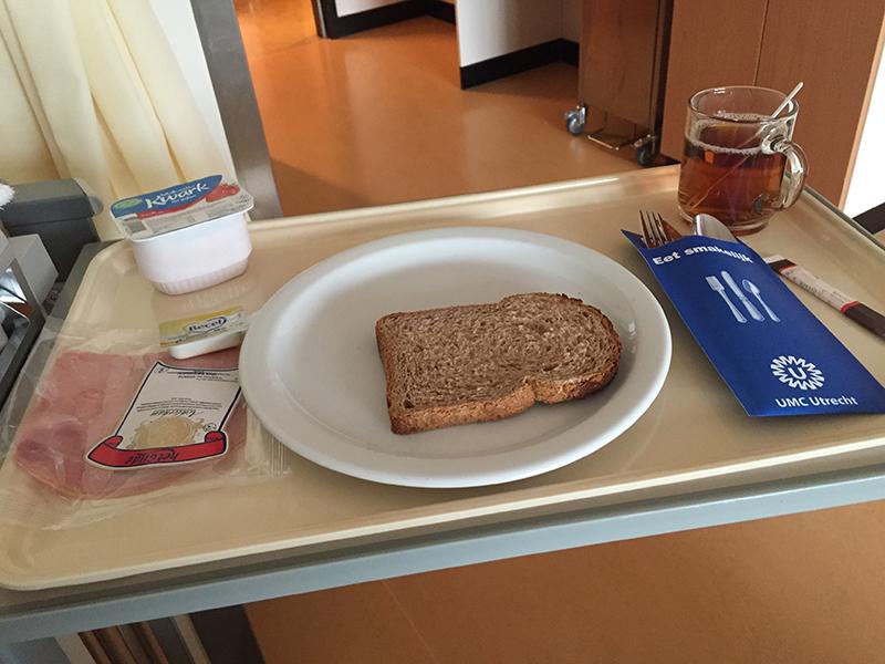 ziekenhuisontbijt